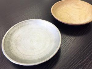 【J&Sさま】木皿を元に、鉄皿を製作しました。旋盤で削った跡が残っており、高度な製法で作っていただいたことに満足しています。予想以上の出来上がりです!<25×150×150mm/鉄/表面処理なし/プロトタイプ入稿>